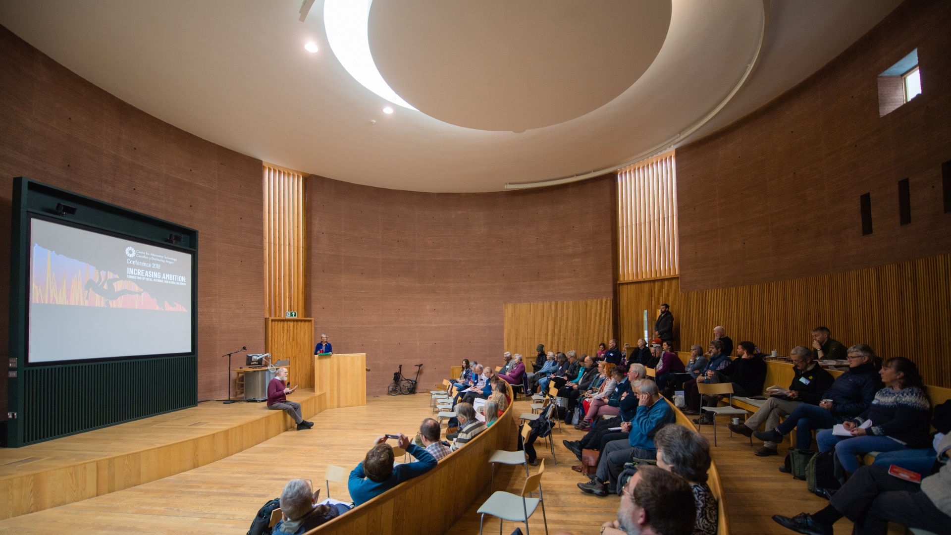 Rammed Earth lecture theatre at Graduate School of the Environment