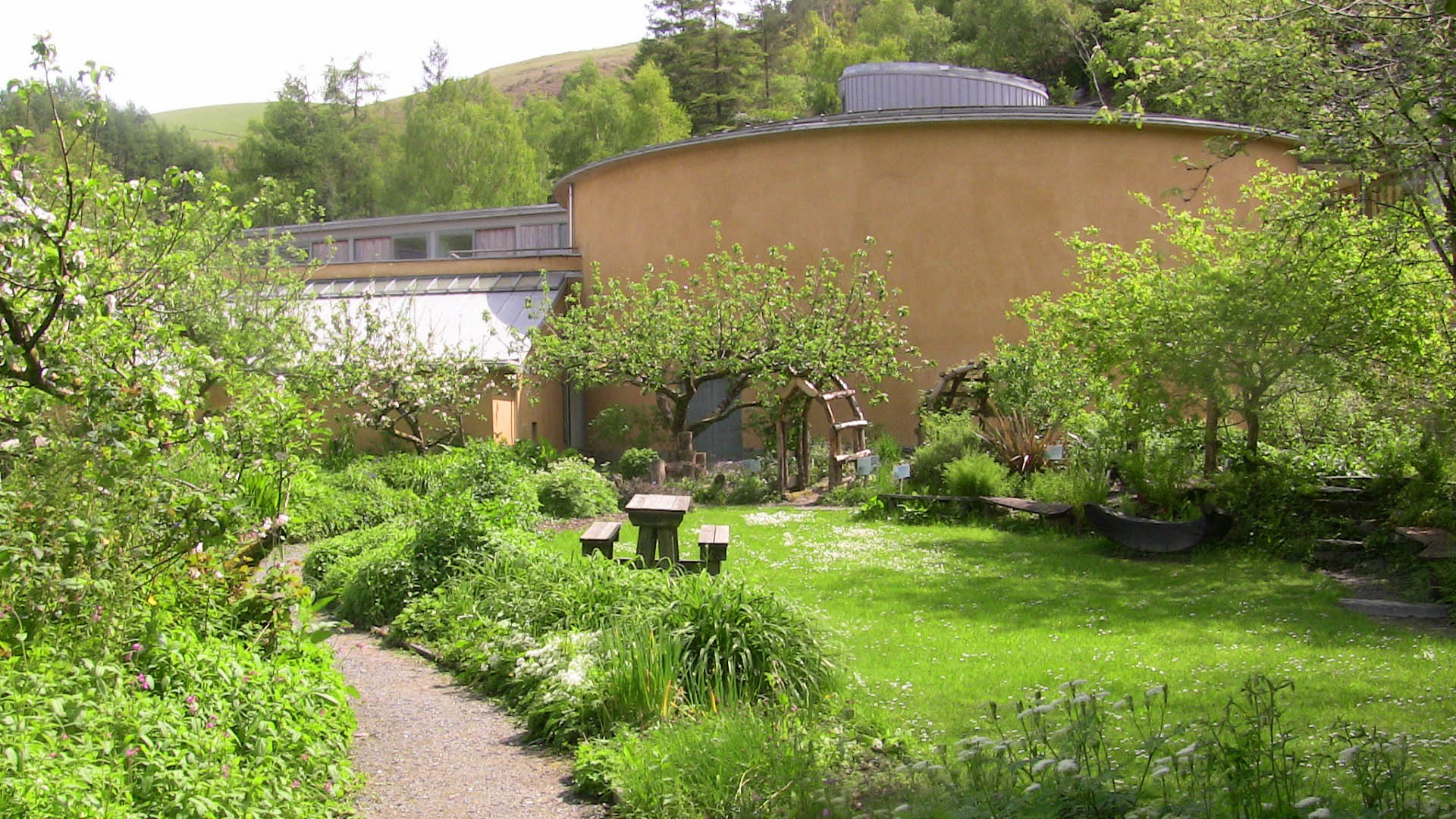 garden outside the Wales Institute of Sustainable Education
